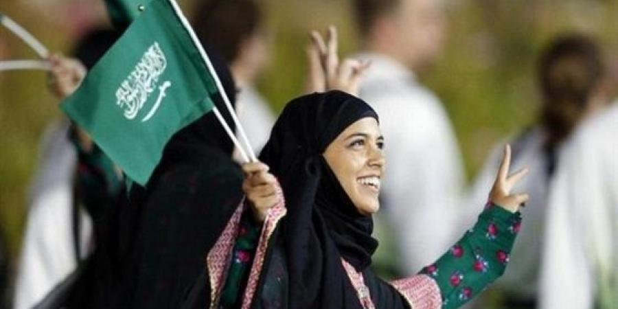 المرأة السعودية تودع التهميش.. قيادة السيارات تتحدى العادات.. وبشرى بانتهاء الوصاية 3759-cached.jpg